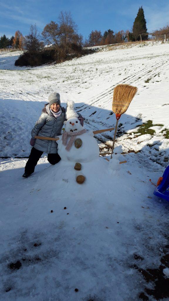 Učenci 5. A in 5. B so uživali v snežnih radostih