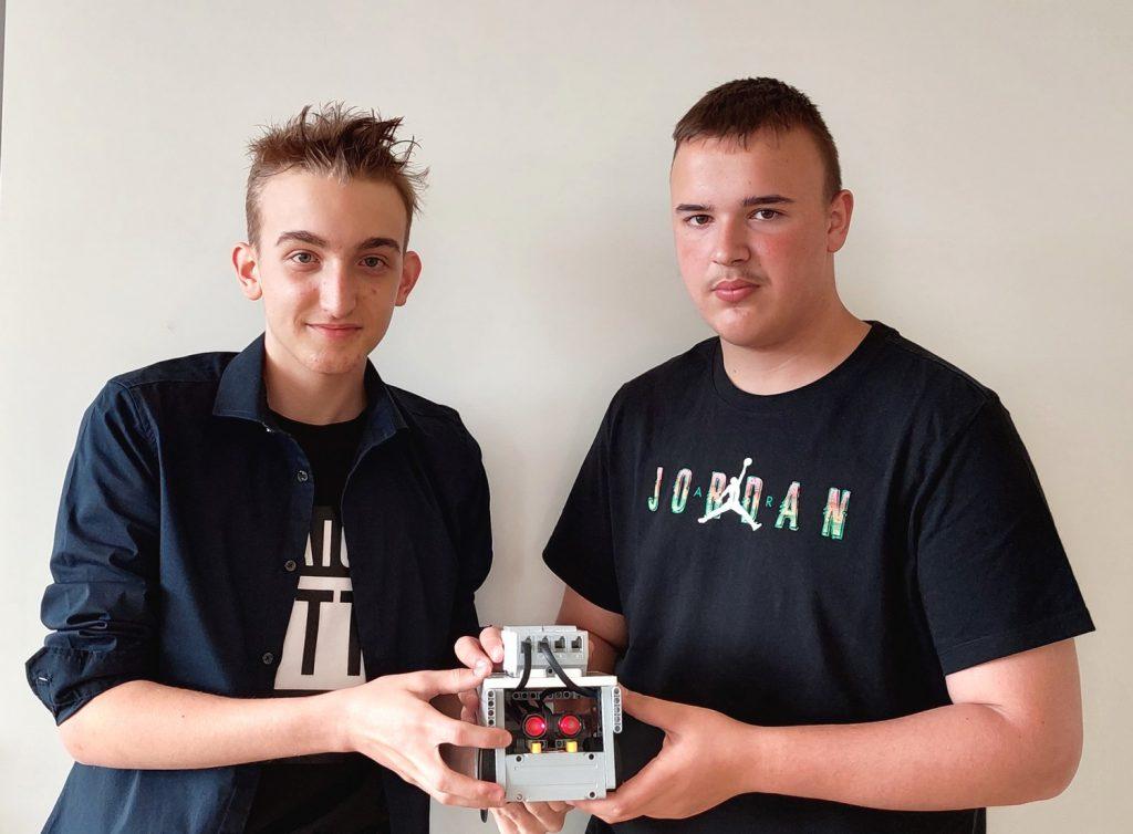 Tekmovanje iz robotike na OŠ Loče